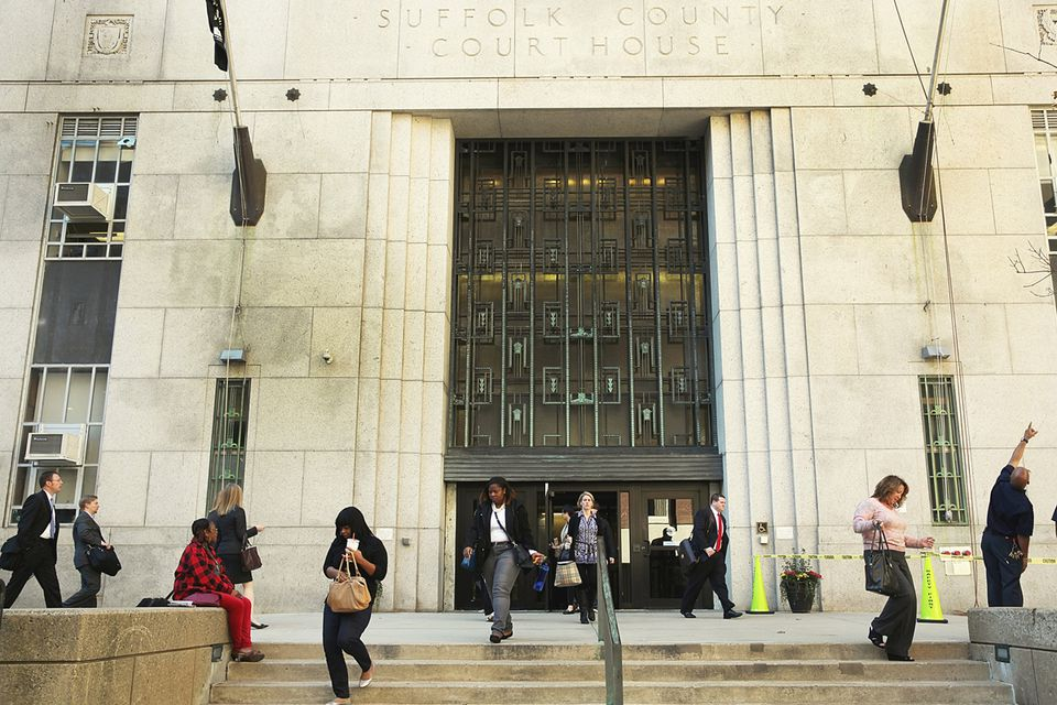 Suffolk Superior Courthouse may close down and temporarily move to Malden.