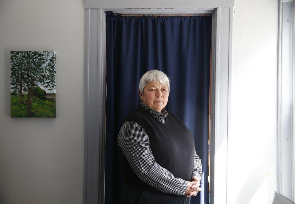 Elaine DeRosa