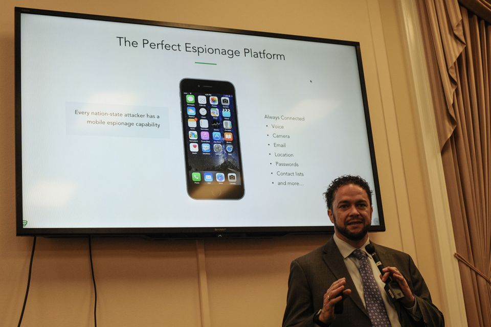 Mike Murray, head of intelligence for the security firm Lookout, tells a briefing at the US Capitol on Oct. 4 that hackers seeking to disrupt the US elections may install malware on mobile phones of candidates, journalists, donors, and activists.
