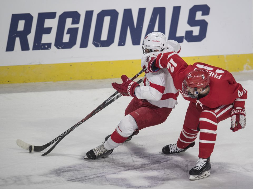 Cornell and Boston University squared off in an NCAA regional in Worcester in 2018.