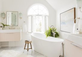 A freestanding tub opened up space.