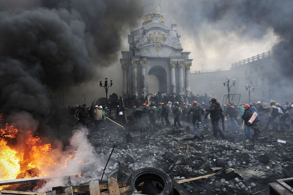 Protesters advanced toward new positions in Independence Square in Kiev on Thursday.