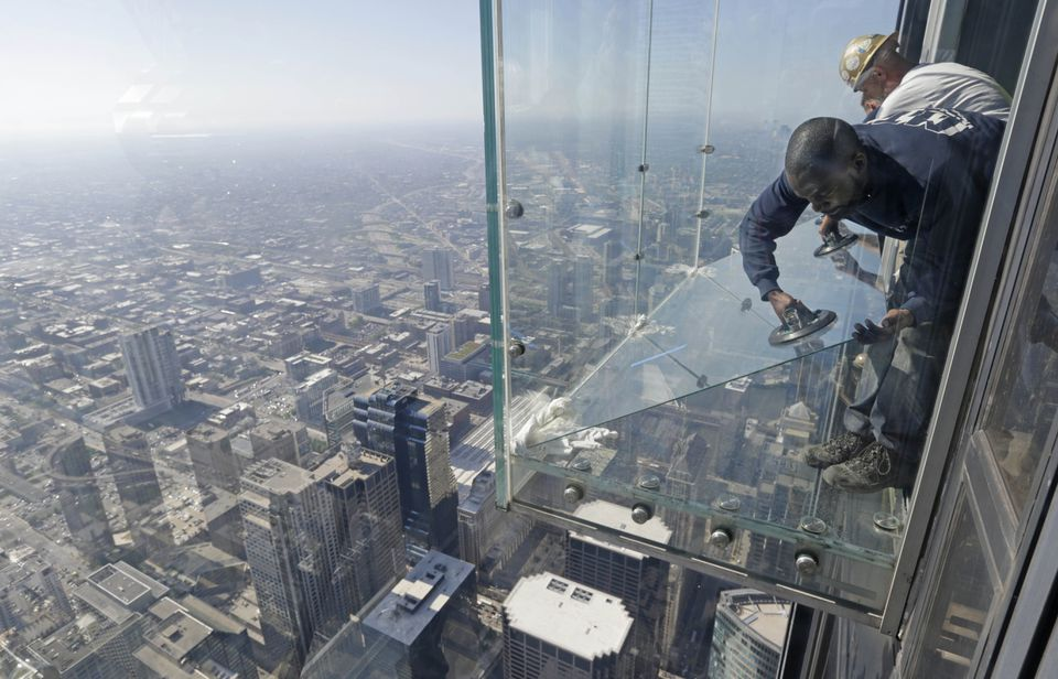How Many Floors Does The Willis Tower Have