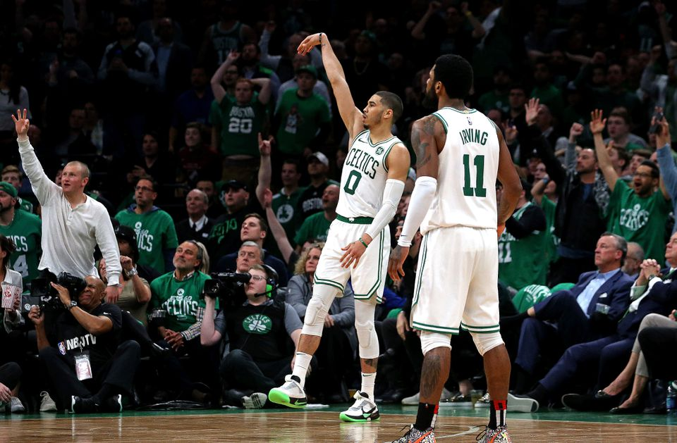 """Jayson Tatum converts Jaylen Brown's heads-up pass for a go-ahead 3-pointer. Coach Brad Stevens lauded Brown, calling his drive and dish, """"a big-time play."""""""