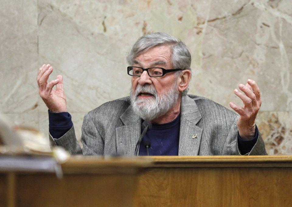 Mr. Sipe died last week in San Diego at the age of 85.