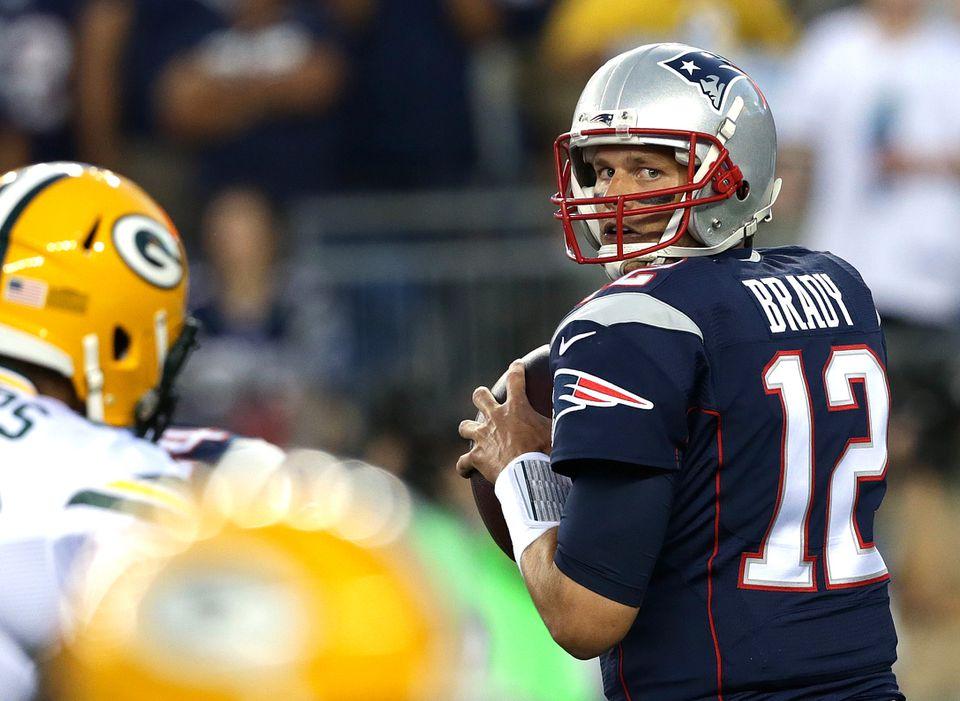 Patriots quarterback Tom Brady's eyes can throw off defenders.
