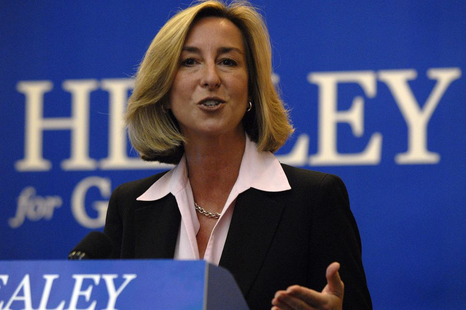 Kerry Healey will leave a Republican committee post.
