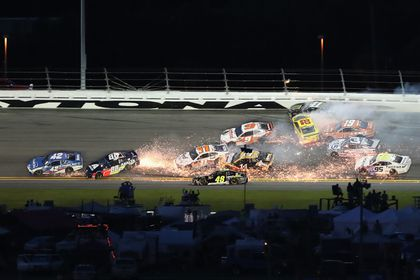 Nascar New Hampshire 2020 NASCAR shuffles 2020 schedule, but New Hampshire race remains in