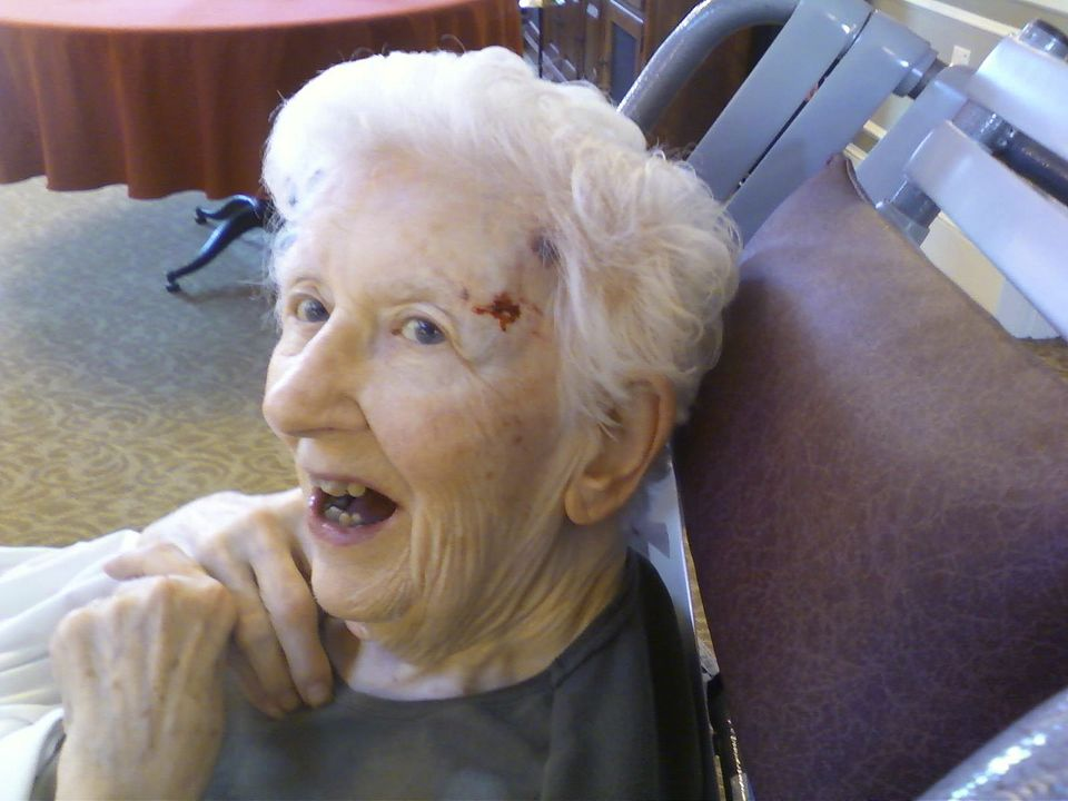 Candi Hitchcock took this photo of her mother, Betsy Crane, 89, on the day of her 20th fall at the Beaumont Rehabilitation and Skilled Nursing Center of Westborough. She died 10 days later of internal bleeding.