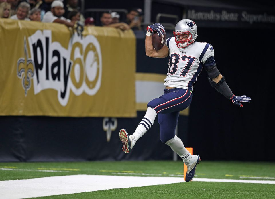 Rob Gronkowski got into the end zone on a 53-yard pass from Tom Brady.