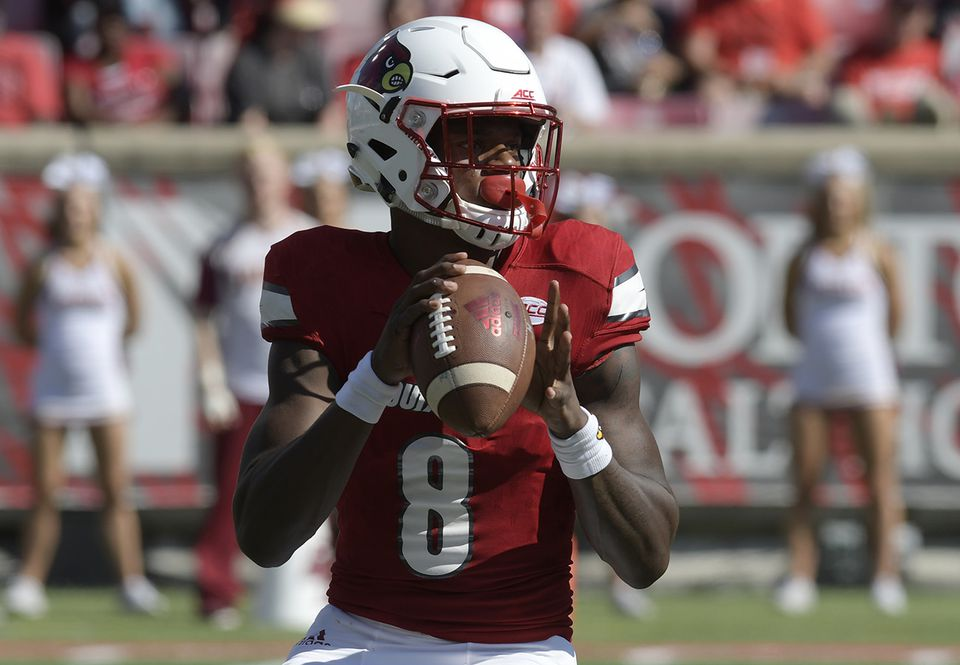 Louisville's Lamar Jackson is a two-way threat.